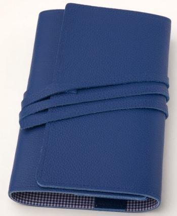 LITERAturtasche Größe L | Buchhülle aus genarbtem Rindleder in BLAU